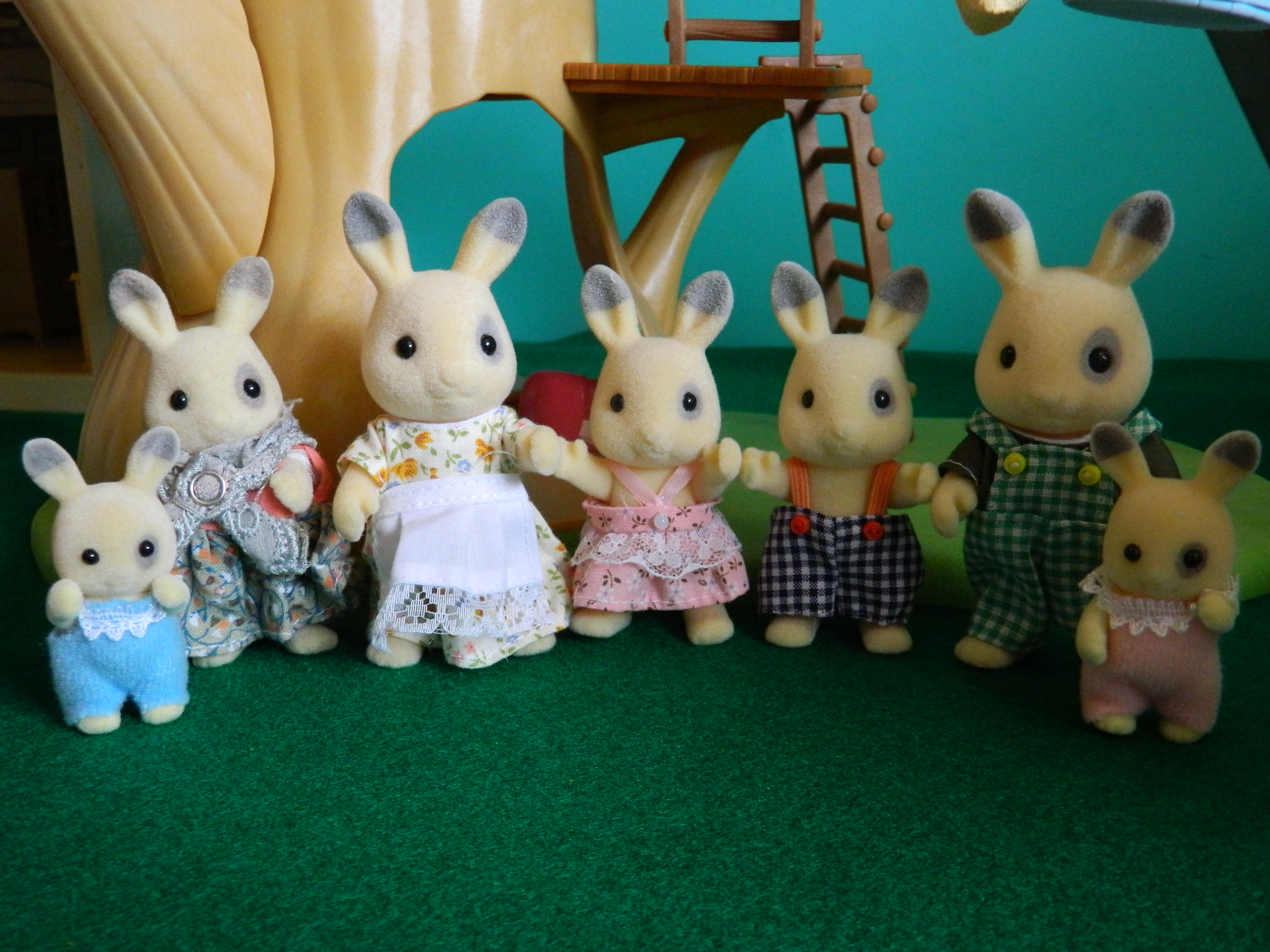 1989 Corntop rabbits. ltr flair version. USA tomy granmother